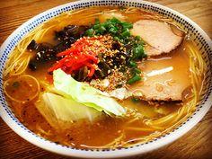 ひであに's dish photo 今週は自宅でお仕事なんで お昼はササッとインスタントラーメン | http://snapdish.co #SnapDish #ラーメン