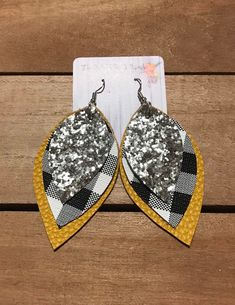 Your place to buy and sell all things handmade Diy Earrings Easy, Diy Leather Earrings, Leather Jewelry, Leather Craft, Earrings Handmade, Beaded Jewelry, Handmade Jewelry, Clay Earrings, Jewelry Crafts