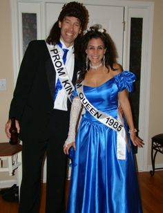 couple Halloween party - Prom King and Queen, couples costume, tacky 80s Party Costumes, Queen Halloween Costumes, 80s Party Outfits, Hallowen Costume, 80s Costume, Costume Ideas, Halloween Couples, Couple Costumes, Halloween 2018