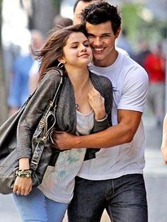 Taylor Lautner & Selena Gomez. Seeing this pin made me rethink this couple. I think I like it.