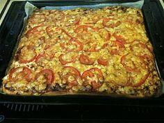 Pizza 70-luvun tapaan (pellillinen) Kotikokki.netin nimimerkki Maitzon ohjeella Recipes From Heaven, Lasagna, Macaroni And Cheese, Food And Drink, Baking, Ethnic Recipes, Koti, Food Heaven, Foods