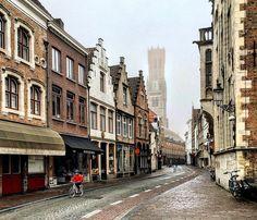 В Брюгге туманно и +14. Здравствуй, Лето! #брюгге #экскурсия #гидбрюгге