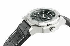 OTUMM Watches Rush Steel Black http://otumm.com/p.137.0.0.1.2-otumm-rush-steel-001black-53mm.html