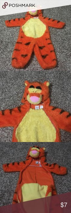 Toddler Tigger costume Tigger costume; zips on 2 sides in front; pretty warm for cold Halloween nights! Disney Costumes Halloween
