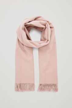 let's be comfy chic with this wool-cashmere scarf. Wardrobe Sale, Small Wardrobe, Capsule Wardrobe, Pink Sweater Outfit, Anime Outfits, Fashion Outfits, Pink Scarves, Cashmere Scarf, Barbie