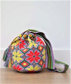Authentic Wayuu mochila bag woven by Wayuu artisans Certified original and fair trade mochilas - Free International shipping - Luxe quality Wayuu mochilas Tapestry Crochet Patterns, Crochet Purses, Crochet Bags, Tapestry Bag, Knitted Bags, Vera Bradley Backpack, Mini Bag, Purses And Bags, Shopping Bag