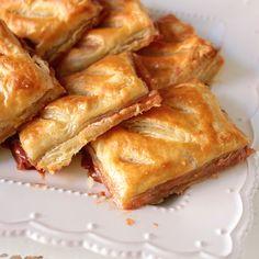My Big Fat Cuban Family Homemade Pastelitos de Guayaba Recipe pastry Guava Recipes, Cuban Recipes, Cake Recipes, Dessert Recipes, Plantain Recipes, French Recipes, Steak Recipes, Recipes Dinner, Comida Latina