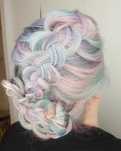 'Holographic Hair' la nouvelle tendance capillaire 2017 - page 3 Black Ponytail Hairstyles, Braided Ponytail, Pretty Hairstyles, New Hair Colors, Cool Hair Color, Cabello Opal, Pelo Multicolor, Opal Hair, New Hair Trends