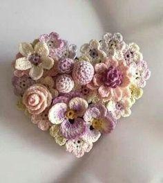 (The site has loads of jewellery crochet ideas but is in Russian)