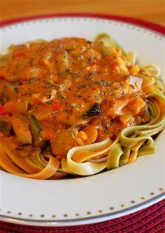 Creamy Tomato Pasta Sauce | Slimming Eats - Slimming World Recipes