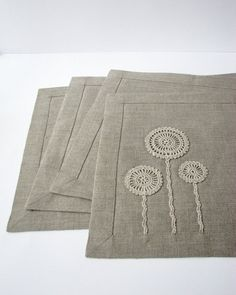 Linen placemat- natural linen color- table mat- with handmade crochet motifs- table serving, Diy Abschnitt, Linen Placemats, Linen Tablecloth, Tablecloths, Crochet Motif, Table Linens, Linen Fabric, Hand Embroidery, Floral Embroidery, Sewing Projects