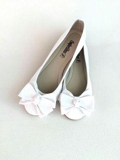 e2eac61b68 Sapatilha branca com laço frontal - CF028BR - Sapatilhas Confortilhas  Sapatos De Casamento