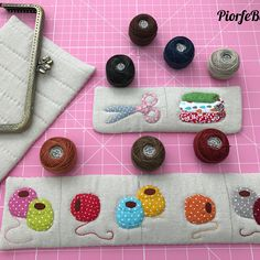 Wonderful Choose the Right Fabric for Your Sewing Project Ideas. Amazing Choose the Right Fabric for Your Sewing Project Ideas. Coin Purse Pattern, Purse Patterns, Sewing Patterns, Sewing Box, Love Sewing, Sewing Crafts, Sewing Projects, Sewing Ideas, Zipper Pencil Case