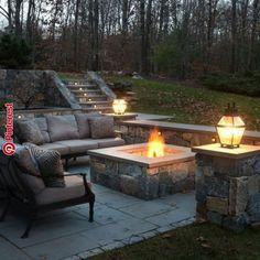 Fire Pit Ideas Backyard - Amazing DIY pergola and fire pit ideas Backyard Seating, Fire Pit Backyard, Backyard Patio, Backyard Ideas, Terrace Ideas, Patio Stairs, Cozy Patio, Backyard Fireplace, Outdoor Fireplaces