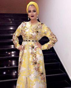 "3,026 Likes, 20 Comments - Maghreb & Oriental Luxury (@maghreb.oriental) on Instagram: ""✨❇ #caftan#takshita#beldi#maroc#mariage #mariagemarocain #morocco #moroccanbride #maghreb…"""