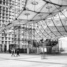 La Defense ,Paris - Gonna be living here on Study Abroad!
