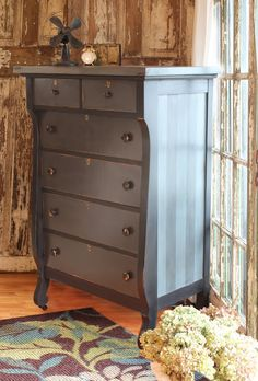 Looks like the updated twin of the dresser I had growing up.