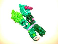 awesome Happy Asparagus Tutorial by feelinspiffy (Rainbow Loom) Rainbow Loom Tutorials, Rainbow Loom Creations, Friendship Bracelet Patterns, Friendship Bracelets, Crazy Loom, Loom Love, Rainbow Loom Charms, Loom Bands, Happy Things