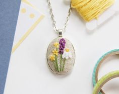 Daisy Necklace. Unique Necklaces for Women. by AMEhandmade on Etsy