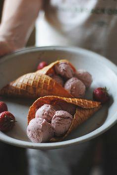 intense strawberry coconut ice cream & almond waffle bowls   morestomach blog