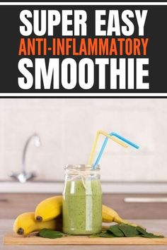Best anti inflammatory smoothie recipe that makes a super easy breakfast in a jar or bowl and boosts the immune system while reducing inflammation. Recipe includes healthy ingredients such as leafy green, turmeric, pineapple, superfood spices and is dairy free. Weight Loss Smoothies, Healthy Smoothies, Smoothie Recipes, Body Inflammation, Cassia Cinnamon, Anti Inflammatory Smoothie, Breakfast In A Jar, Anti Oxidant Foods, Green Superfood