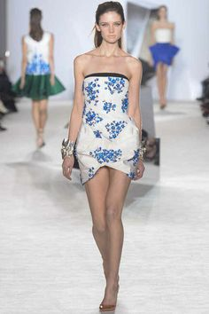 Giambattista Valli | Spring 2014 Couture Collection | Look 5