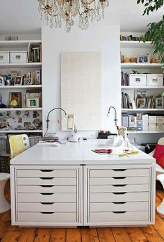 Halcyon Style: Workspace Day Dreams