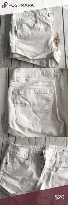 "American Eagle white shorts Like new! About 2.5"" inseam cuffed. American Eagle Outfitters Shorts"