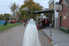 All Hallows Eve is tonight from 6-9 pm! Throw on your Halloween costume and grab some candy on the Treat Trail, avoid the Ghost Bride in Railroad Town, have a fun fright on the Haunted Field and much more!