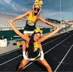 Top- alex in high school cp: alex grimaldi чирлидинг, лучшие Cheerleading Workouts, Cheerleading Pictures, Cheer Stunts, Cheer Dance, Softball Pics, Cheerleading Outfits, High School Cheerleading, Cheerleading Cheers, College Cheer