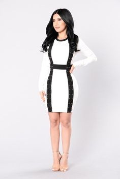Bottle You Up Dress - White/Black