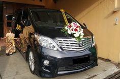 Daftar mobil pengnatin Alphard di Jakarta yang bisa kamu coba