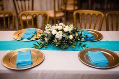 Turquoise Napkins P. Twinkle Lights, Twinkle Twinkle, Tree Lighting, Wedding Venues, Napkins, Table Settings, Reception, Turquoise, Table Decorations