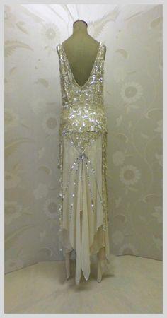retrowunderland:  Gold  silver sequin flapper dress, c.1920's