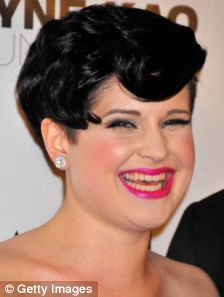 Kelly Osbourne shows off her new hairdo... a short, back and sides