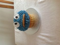 Look what my lovely daughter Holly made!! A Giant Cookie Monster Cupcake! Clever!
