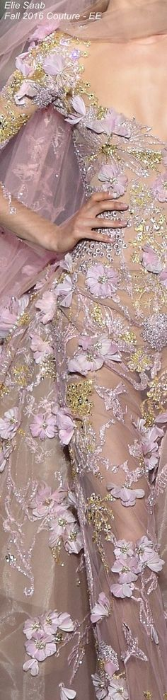 Elie Saab Fall 2016 Couture - EE...