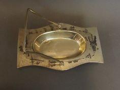 Iraqi Silver niello decorated serving dish, with handle.Iraqi niello silver الفضة العراقية المطعمة بالمينا السوداء شغل اهل الصبة