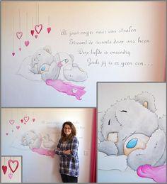 Slapend Me to You beertje met gedichtje | muurschildering | meisjes babykamer | www.groeneballon.nl | Den Haag
