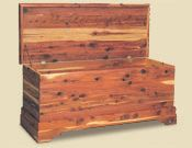 Cedar chest woodworking plans Page 2 This free woodworking plans list features a collection of chest projects for building various blanket boxes Free woodworking cedar chest Small Woodworking Projects, Rockler Woodworking, Learn Woodworking, Popular Woodworking, Woodworking Furniture, Furniture Plans, Woodworking Crafts, Furniture Projects, Wood Furniture