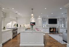 Transitional kitchen design and renovation on Long Island. Custom Kitchen projects by Showcase Kitchens NYC Kitchen Dining Living, Kitchen Family Rooms, Dining Room, Kitchen Design Open, Open Concept Kitchen, Kitchen Designs, Concept Kitchens, Long Island, Small Open Kitchens