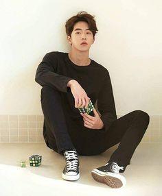 Nam Joo Hyuk who dis bomb Nam Joo Hyuk Lockscreen, Lee Sung Kyung Nam Joo Hyuk Wallpaper, Nam Joo Hyuk Wallpaper Iphone, Nam Joo Hyuk Lee Sung Kyung, Wallpaper Lockscreen, Bts Lockscreen, Asian Actors, Korean Actors, Korean Idols
