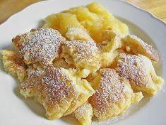 Kaiserschmarrn, ein raffiniertes Rezept aus der Kategorie Dessert. Bewertungen: 494. Durchschnitt: Ø 4,5.