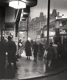 giles circus, charing cross road, 1937 photo by wolf suschitzky, from london street photography I am obsessed with pre-WWII London photos. London Street Photography, City Photography, Vintage Photography, London History, British History, Asian History, Tudor History, Modern History, Old Pictures