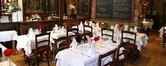 Les Viviers, Nice - the best for soufflés! Great food all round. Great Recipes, Travelling, Restaurants, Conference Room, Table Settings, Good Things, Nice, Food, Home Decor