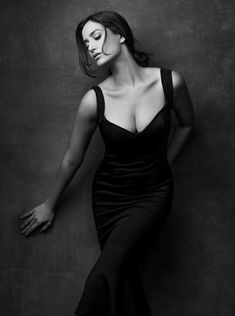 Trendy fashion black and white photography boudoir poses 64 ideas Fashion Photography Poses, Fashion Poses, Glamour Photography, Boudoir Photography, Amazing Photography, Portrait Photography, Photography Lighting, Woman Photography, Photography Accessories