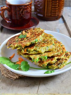 Moong dal chilla recipe with step by step photos. Learn how to make crispy, healthy and very delicious crepe with green gram with this easy recipe. Indian Beef Recipes, Goan Recipes, Savoury Recipes, Vegetarian Appetizers, Vegetarian Recipes, Vegan Meals, Healthy Recipes, Healthy Baby Food, Healthy Snacks