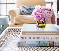 Een beetje fashionista heeft altijd oog voor detail. Niet alleen voor haar outfit, maar ook voor haar interieur. Vaak vergeten, maar niet onbelangrijk: de aantrekkelijke salontafel.