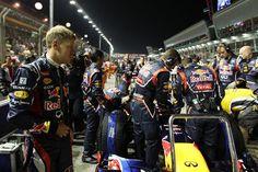 Sebastian Vettel (GER) Red Bull Racing on the grid.  Formula One World Championship, Rd14, Singapore Grand Prix, Race, Marina Bay Street Circuit, Singapore, Sunday, 23 September 2012