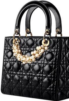 black.quenalbertini: Dior Handbag